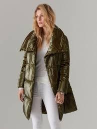 В женских куртках и <b>пальто</b> Mohito вы будете чувствовать себя ...