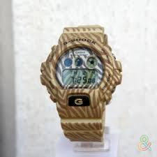 <b>Часы Casio DW</b>-<b>6900ZB</b>-9E