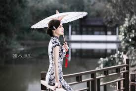 """""""今夜,雨漫窗棂,让我走进你心里,住在你梦里""""的图片搜索结果"""
