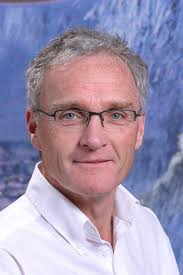 Prof Stephen Cunnane Stephen Cunnane obtained a PhD in Physiology at McGill University in 1980, followed by post-doctoral research on nutrition and brain ... - scunnane