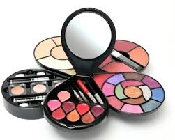 cameleon makeup kit g1672 lakme makeup kit images
