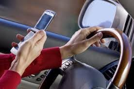 Resultado de imagem para fotos de motoristas se maquiando