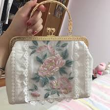 2019 <b>Angelatracy</b> New White Gold Bag Floral Embroidery Japan ...