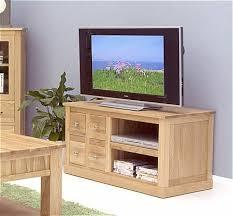 mobel oak 4 drawer tv cabinet by baumhaus baumhaus mobel oak nest