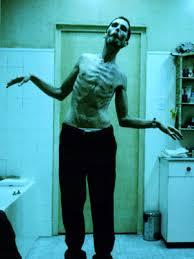 The Machinist (2004) Images?q=tbn:ANd9GcTWGCspHmXiO5Ie06jAxeDhA8zIKPsh2thcRj3eJcBCpsYTzKxveQ