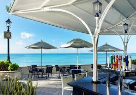 patio umbrella hotels bars