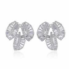 2018 Tree <b>Leaf</b> Ear AAA Zircon Inlaid Zircon <b>Fashion Creative Leaf</b> ...