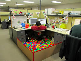 cubicle office decorating ideas. brthdaypartyofficecubicledecorationideasbigman cubicle office decorating ideas i