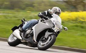 Honda <b>VFR 1200 F</b> (2012-2016) review   Speed, Specs & Prices ...