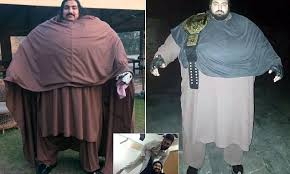 The Incredible BULK: 6ft 3in Pakistani man who weighs 68-STONE ...