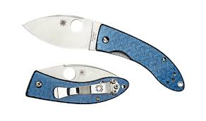 <b>Нож складной</b> SPYDERCO <b>Lil</b>' <b>Lum</b> Blue Nishijin 205GFBLP ...