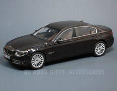 bmw 750li 7 series in sophisto grey kyosho 08784bk 118 scale diecast car bburago 118 1996 bmw z3