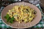 Салат с кальмарами курицей и солеными огурцами
