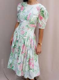 <b>Vintage Flower</b> Dress w/ Puff Sleeves – Johnny & June