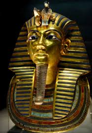 king tut s dagger is actually from outer space king tuthankhamun image via click to enlarge
