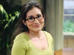 I think Lucy Devito is so cute - 4cc1b6ee4df0377bea828e6cc6ed2851