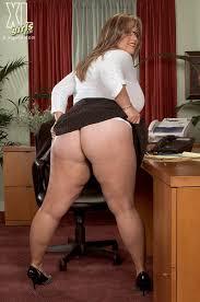 Showing Porn Images for Slutty big tit office porn www.handy.