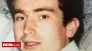 James Fox inquest: Shot <b>man</b> '<b>pointed</b> gun at child's <b>head</b>' - BBC News