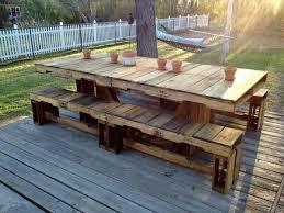 patio table and 6 chairs: tuintafel van pallets zelfgemaakt voorbeeld pallet picnic tablespatio