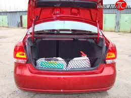 <b>Сетка багажника</b> Komfort на <b>Mitsubishi</b> Grandis (2003, 2004, 2005 ...