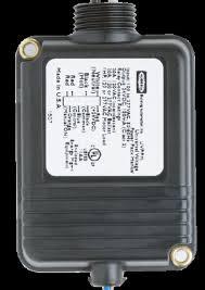 <b>Universal Voltage</b> Power Packs