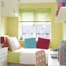 how to arrange furniture in a small bedroom arranging furniture small
