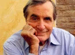 Carlo Giuffré, 83 anni lo scorso dicembre, è felice e gioviale come un fanciullo. Questi fantasmi! un classico di Eduardo De Filippo sta riscuotendo ancora ... - Giuffre_Carlo2_er