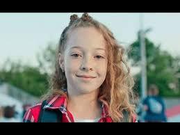 Реклама Gloria <b>Jeans</b> - Дети танцуют - YouTube