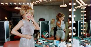 13 Best <b>Lighted Makeup</b> Mirrors 2020 | The Strategist | New York ...