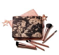 <b>MAC</b> Makeup Brushes | <b>MAC</b> Cosmetics - Official Site