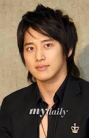 Actor Lee Wan and actress Lee Tae Hee: - my2007031411451111180ja2