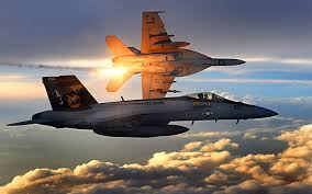 Boeing F/A-18E/F Super Hornet  (caza polivalente con capacidad para operar desde portaaviones)  - Página 2 Images?q=tbn:ANd9GcTahErGpzoLLZyP-Id_8zYhTF4CROaw53PGxXpHYVVFCWrQcufA