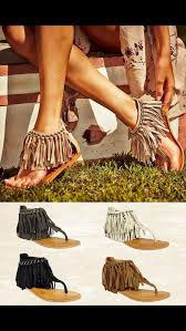 Pin by Елена Качаева on Bella Maison | Fashion, Fringe sandals ...