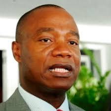 Jose-pacheco-ministro-agricultura. Photo: Radio Mozambique. O governo moçambicano admitiu esta segunda-feira a possibilidade de participação de observadores ... - Jose-pacheco-ministro-agricultura