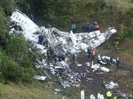 Resultado de imagem para imagens do acidente do time da chapecoense