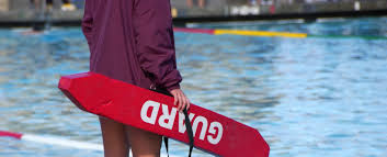 6 reasons lifeguarding is the best summer job ever