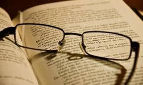 Resultado de imagen de gafas y libros para wordpress