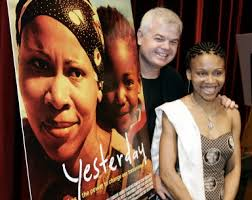 Director Darrell Roodt (L) nominated for Best Foreign Language Film for his film 'Yesterday', with lead actress Leleti ... - de3ef1588ef44092952ee4a6ba08770e