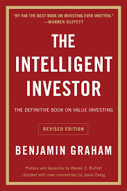 books billionaire warren buffett thinks everyone should the intelligent investor by benjamin graham