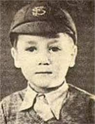 Lennon was born on 9 October 1940 in Liverpool Maternity Hospital, Oxford Street, Liverpool, to Julia and Alfred Lennon. According to some biographers, ... - 0_0_0_0_250_328_csupload_25131484