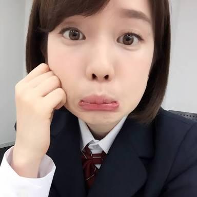 弘中綾香変顔