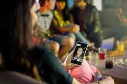 Best selfie smartphones: Sony Xperia C3 vs HTC One M8 vs LG G3 ...