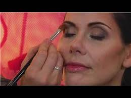 makeup tips how to apply shadow to deep set eyes