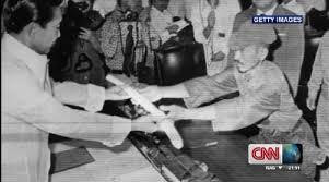 「1974年 - ルバング島に残留していた陸軍少尉の小野田寛郎が救出」の画像検索結果
