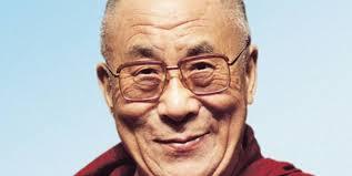 Hamburg (idea) – Mit Appellen zur Friedfertigkeit, Liebe und Gewaltlosigkeit zieht der Dalai Lama viele Menschen in seinen Bann. Zu Beginn seines Besuches ... - csm_dalai_lama_manuel_bauer_01_ecdea2f6a3