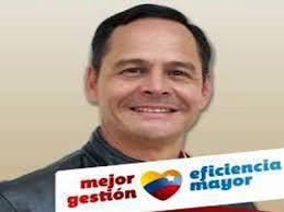 ... Vielma Mora anunció un incremento del 20% del sueldo al personal técnico y profesional al servicio del ejecutivo regional, el cual se hará efectivo ... - imagen-JOSE-VIELMA-MORA