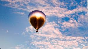 Doug Aitken's latest work is a 100-ft-tall mirrored <b>hot air</b> balloon ...