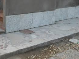 Zoccolo Esterno In Pietra : Rifacimento della zoccolatura di una facciata come ripulire i
