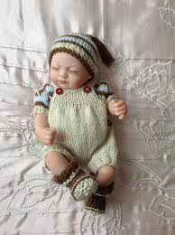 Hand knitted dolls clothes to <b>fit 10</b> doll/<b>reborn baby</b> | Dzieci