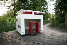 images about Dog House Inspiration on Pinterest   Dog Houses       images about Dog House Inspiration on Pinterest   Dog Houses  Pallet Dog House and Rainwater Collection Tanks